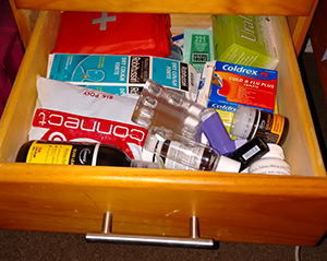 med-drawer
